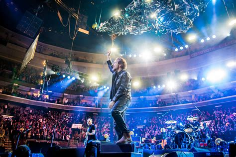 ALIVE - AN EVENING WITH PEARL JAM ON 2016 TOUR - The Rock